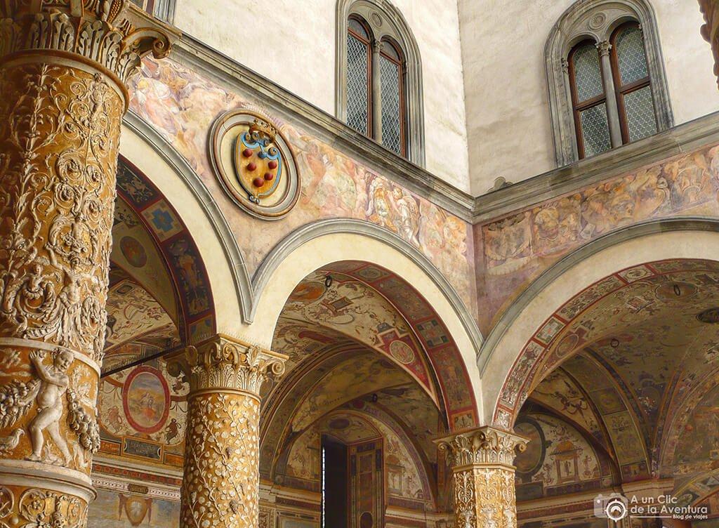 Patio de Michelozzo en el Palazzo Vecchio - visitar Florencia