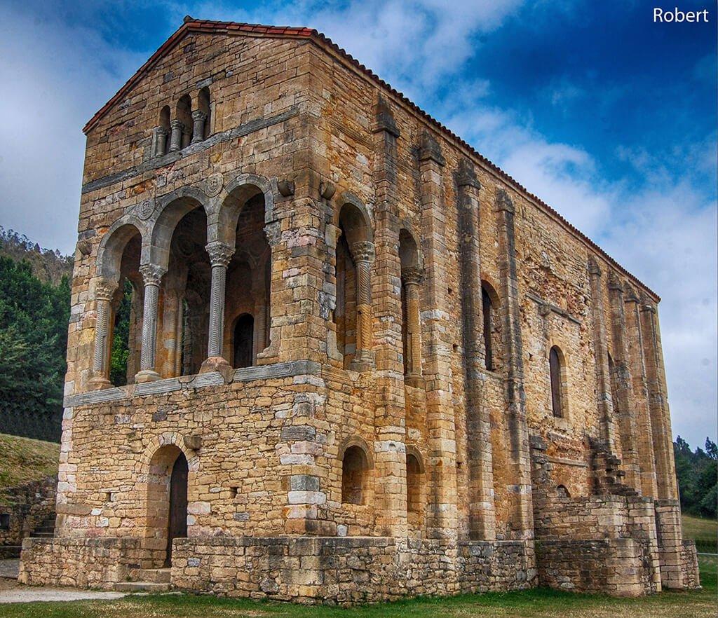 Santa María del Naranco - monumentos más visitados de España