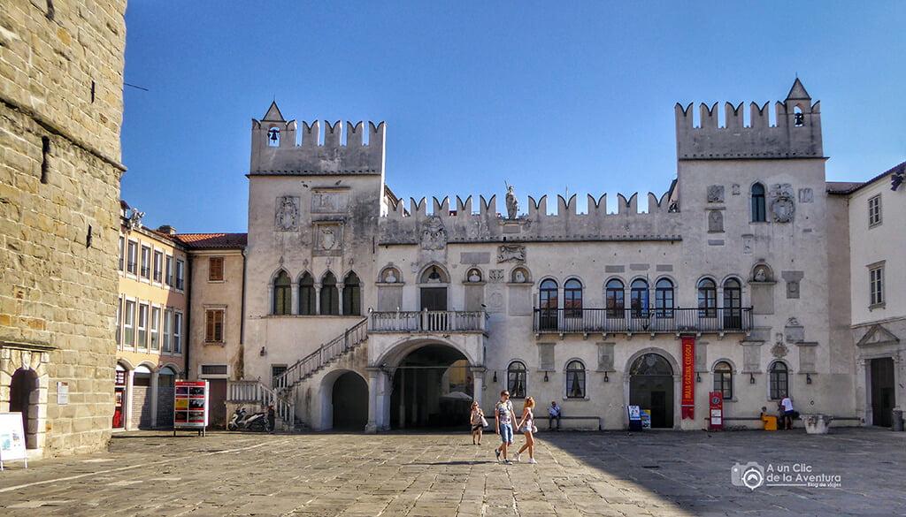 Palacio de los Pretores en Koper - Viaje en coche a Eslovenia