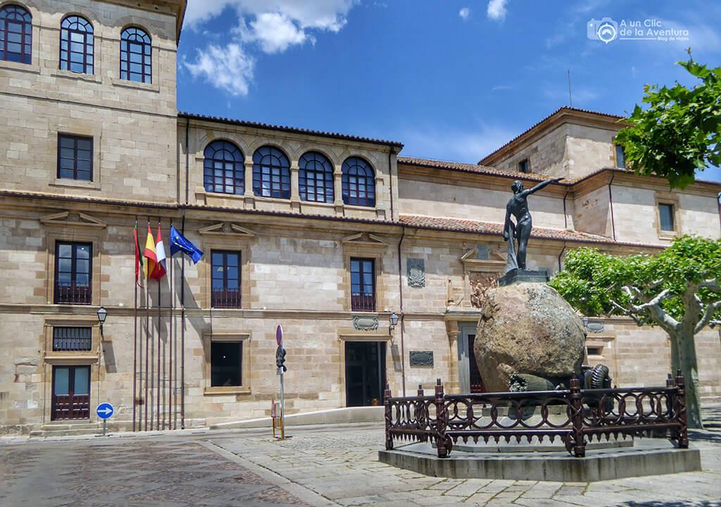 Plaza de Viriato - que ver en Zamora