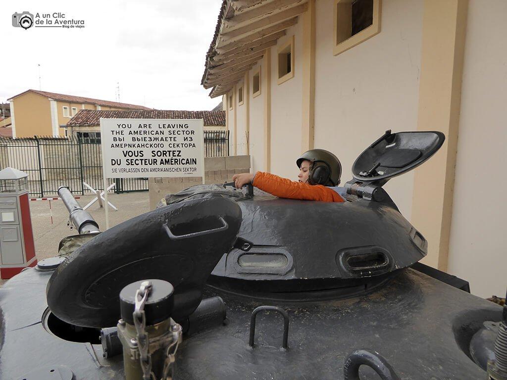 Carro de combate M-60 Patton del Museo de Radiotransmisiones de Belorado - planes en familia para hacer en Burgos
