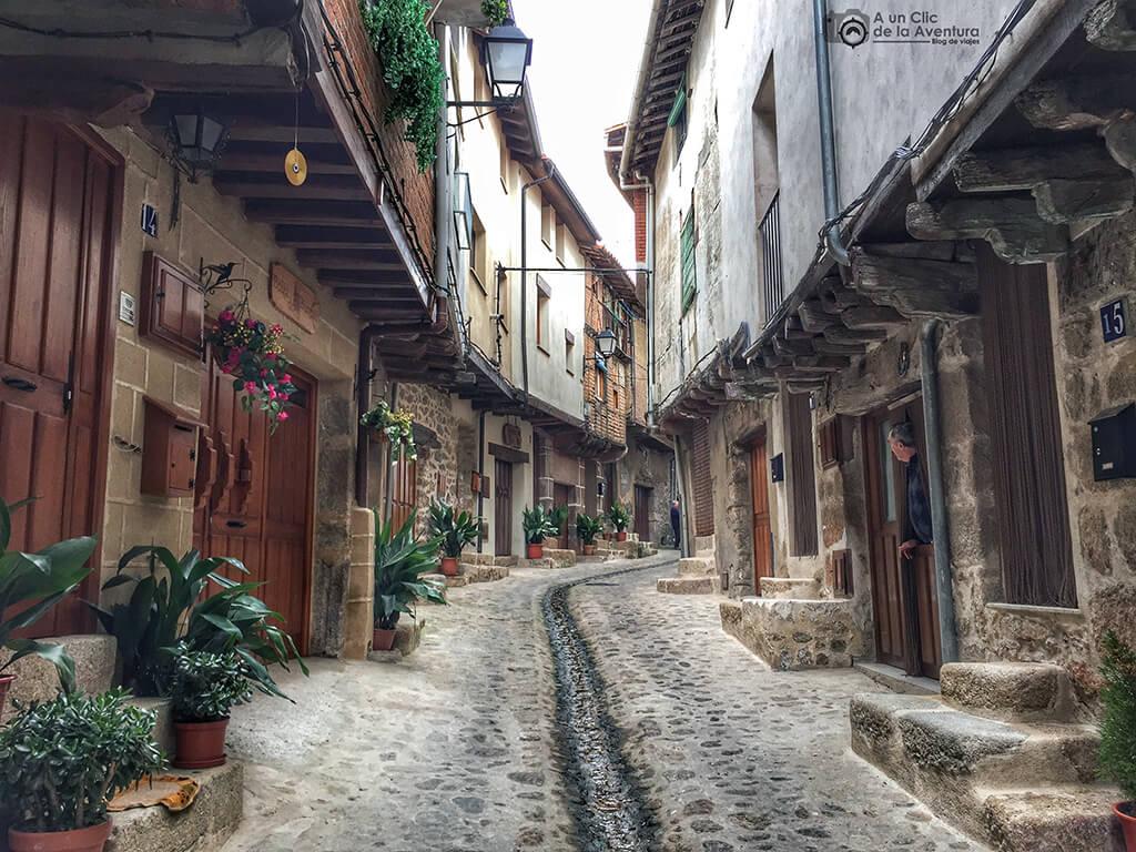 Calle de San Martín de Trevejo - Sierra de Gata en familia