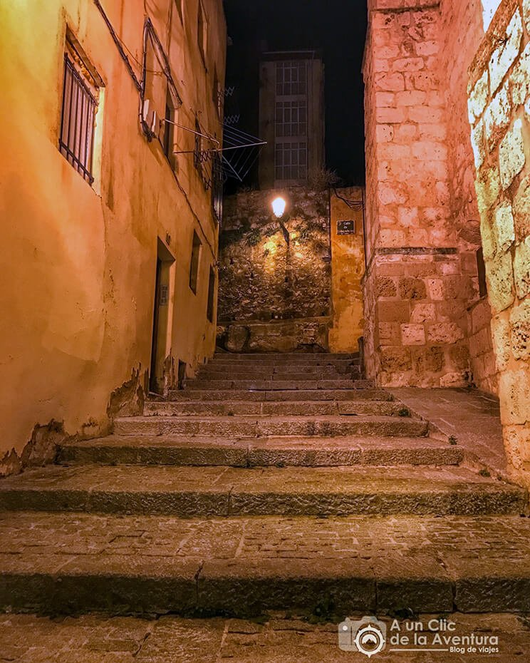 Antigua Calle de las Brujas