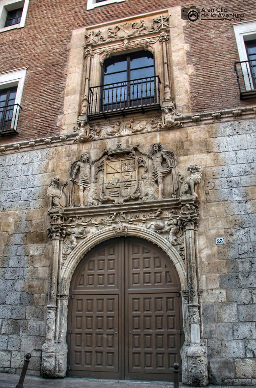 Fachada principal de la Casa de Iñigo Angulo - principales monumentos de Burgos en el Renacimiento