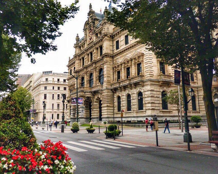 Diputación Foral de Bizcaia en Bilbao - que ver en Bilbao