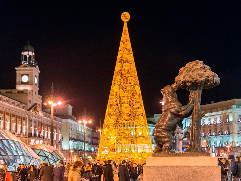 Puerta del Sol de Madrid - ciudades de Europa para celebrar el Año Nuevo