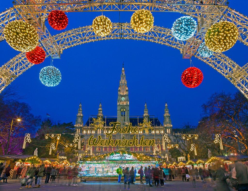 Ayuntamiento de Viena en Navidad - ciudades de Europa para celebrar el Año Nuevo