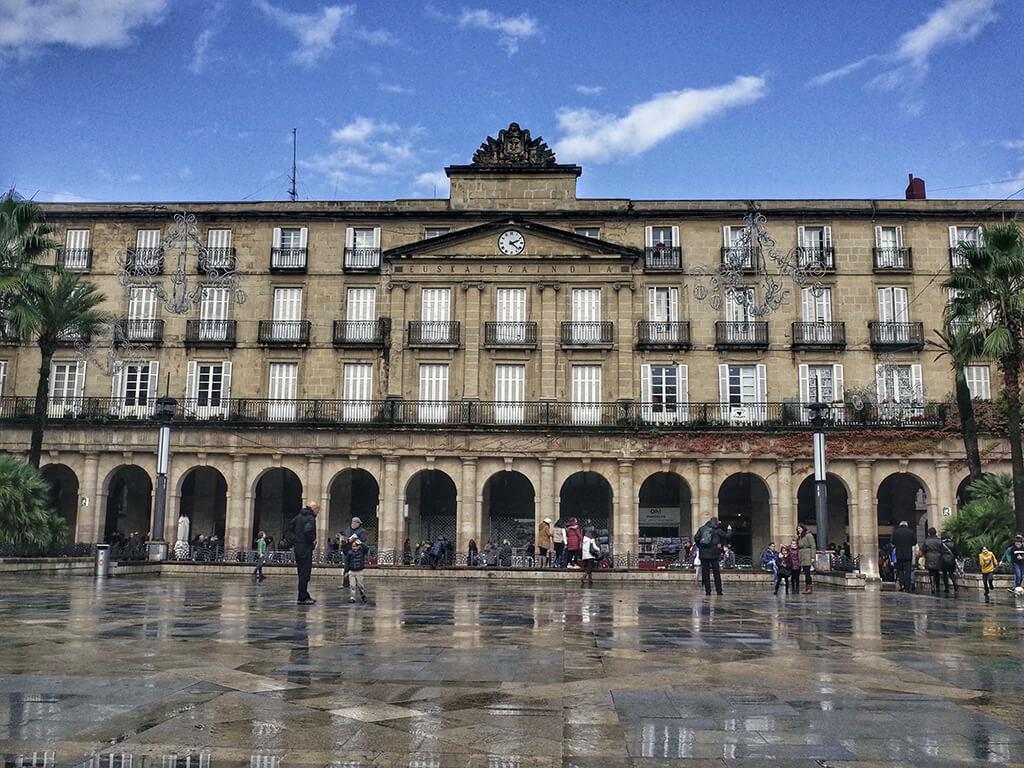 Plaza Nueva de Bilbao - que ver en Bilbao