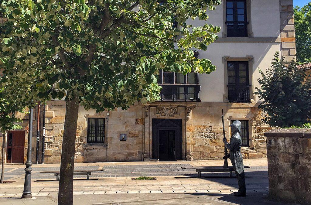 Qué ver en Elorrio, la sorprendente villa de los escudos de Euskadi