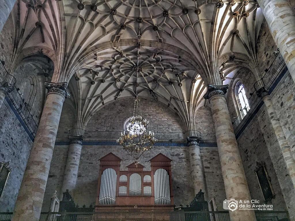 Interior de la iglesia de la Purísima Concepción de Elorrio