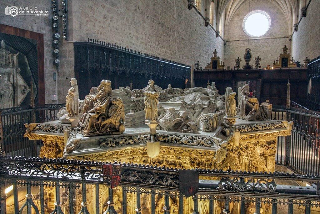 Panteón Real de Juan II e Isabel de Portugal, reyes de Castilla - alrededores de Burgos
