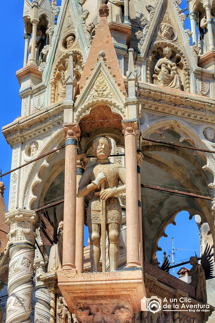 Detalle de las Arche Scaligere de Verona