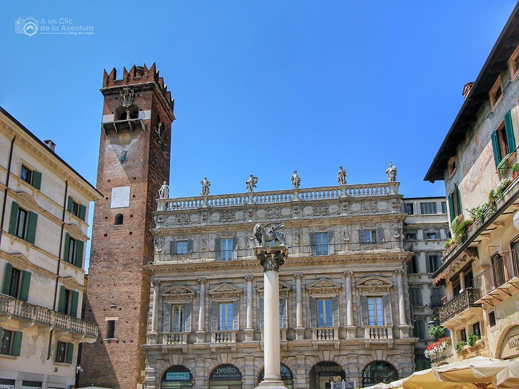 Palacio Maffei en la Plaza de las Hierbas de Verona