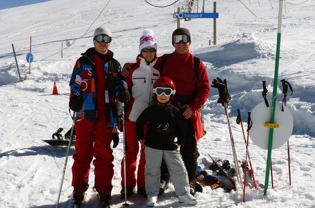 10 Consejos para esquiar en familia y querer repetir