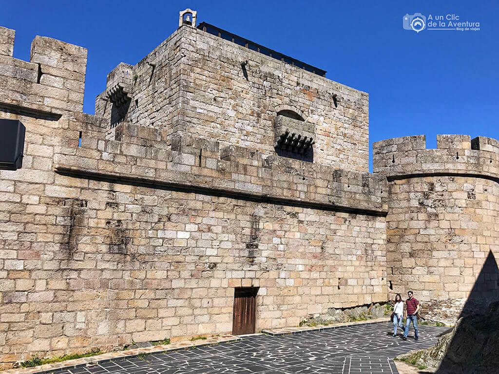 Exterior del Castillo de los Condes de Benavente en Puebla de Sanabria