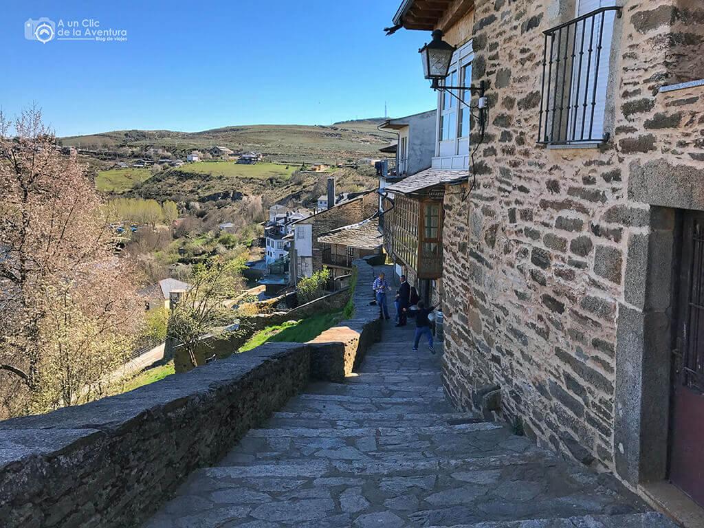 Paseo por la muralla de Puebla de Sanabria