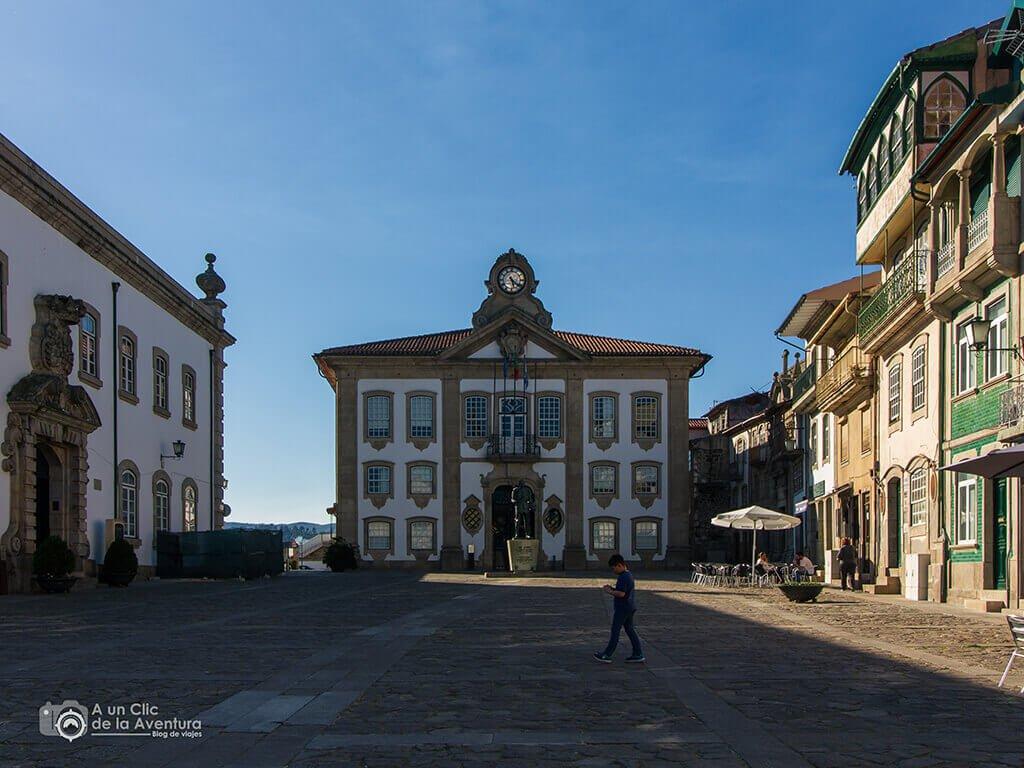 Plaza de Camoes en Chaves - Oporto y norte de Portugal
