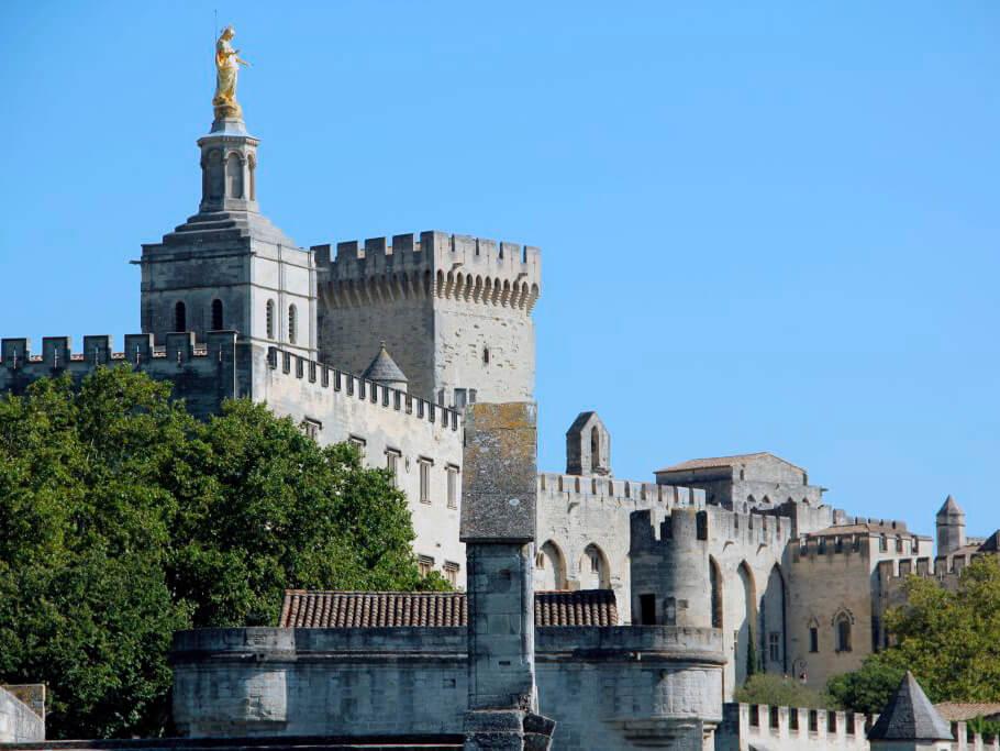 Palacio de los Papas de Avignon en Francia