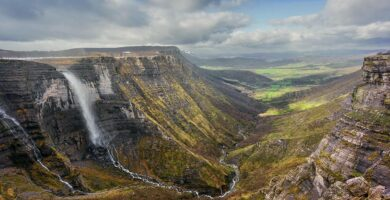 Salto del Nervión y Cañón del Delika - ruta circular por el Monumento Natural del Monte Santiago