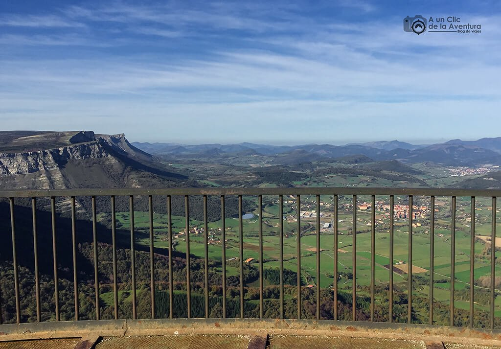 Mirador Esquina Rubén - ruta circular por el Monumento Natural del Monte Santiago