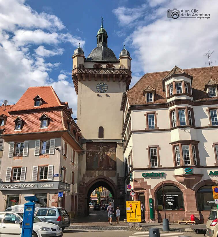 Torre Nueva o del Reloj de Sélestat - pueblos más bonitos de Alsacia