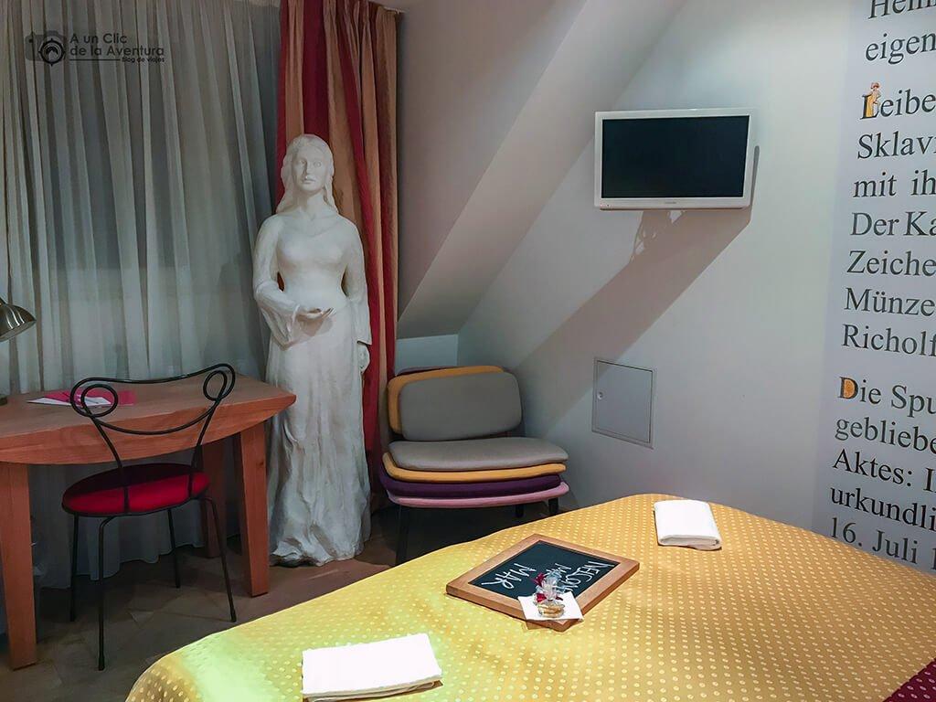 Sigena en la habitación 42 del Hotel Drei Raben de Núremberg