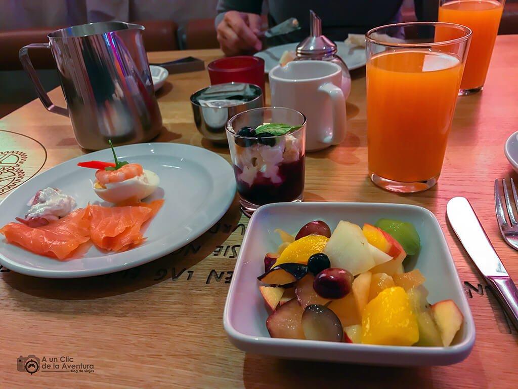 Mi desayuno del hotel Drei Raben de Núremberg