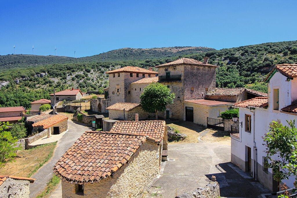 Pueblo de Puentedey