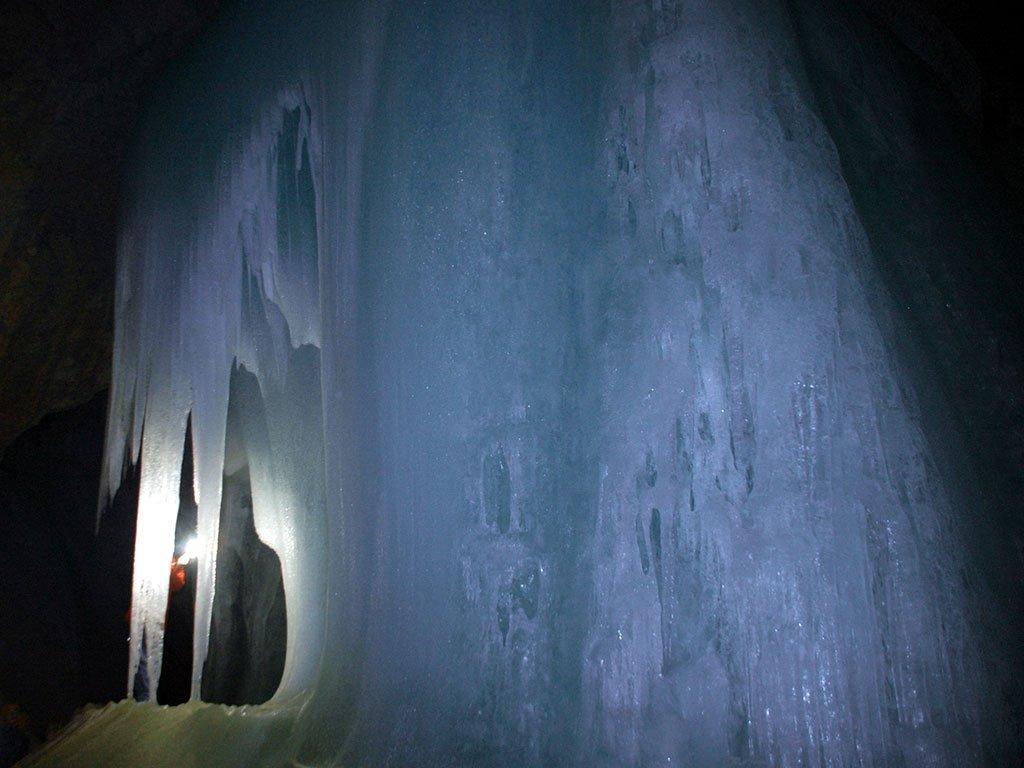 La cueva de hielo más grande del mundo o Eisriesenwelt - qué ver en Salzburgo