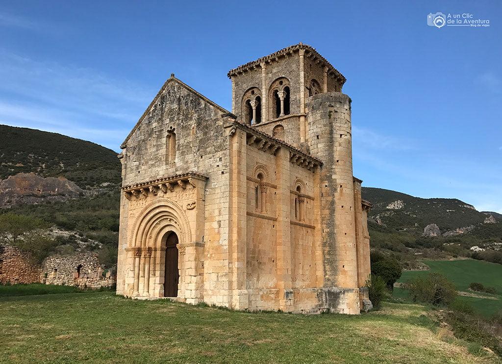 Iglesia de San Pedro de Tejada - qué ver en las Merindades de Burgos