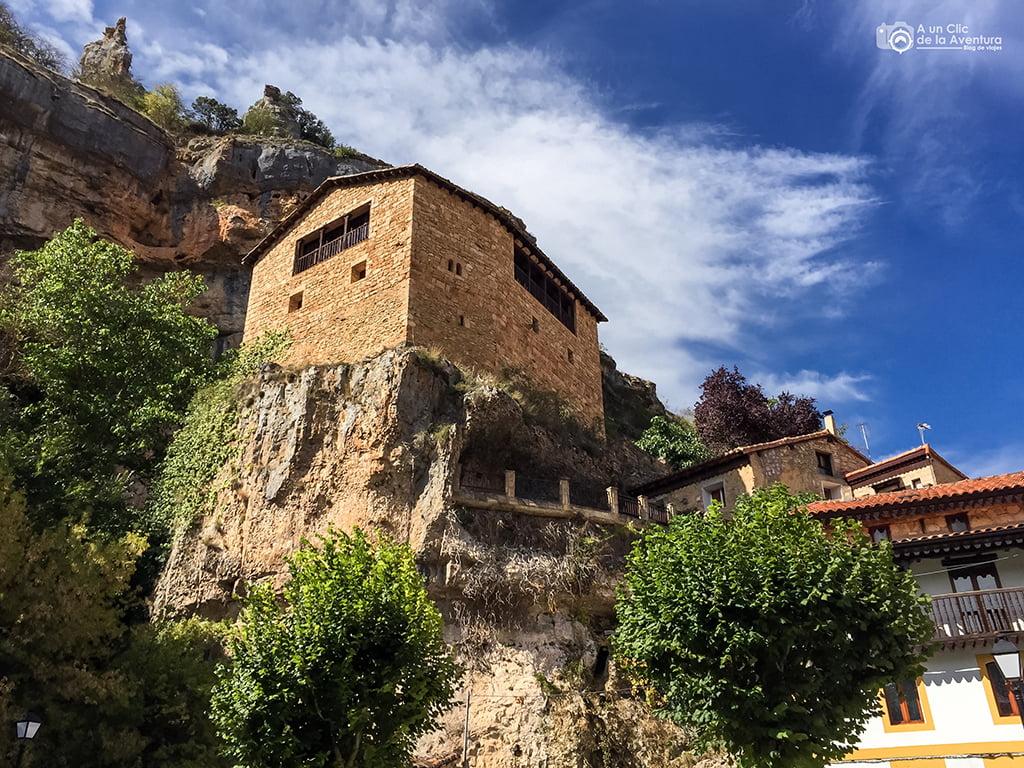 Casona de Orbaneja del Castillo - que hacer en Burgos