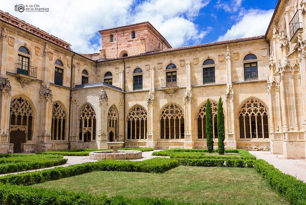 Claustro del Monasterio de San Salvador de Oña - que hacer en Burgos
