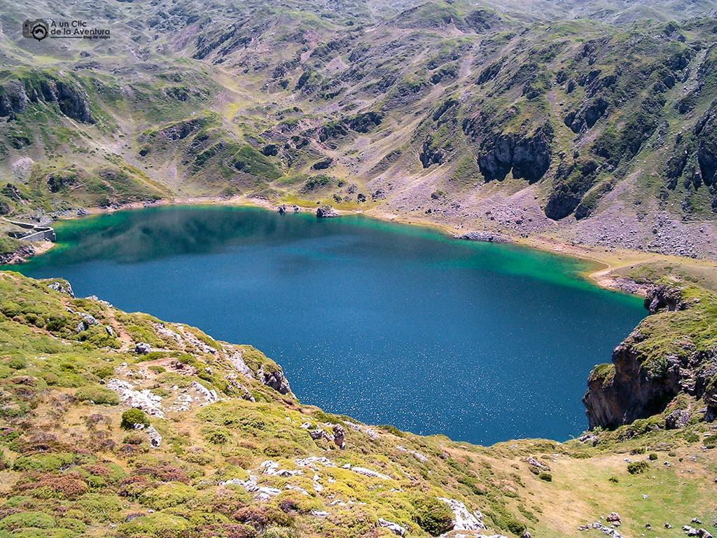 Lago de la Calabazosa, Parque Natural de Somiedo - lagos de montaña