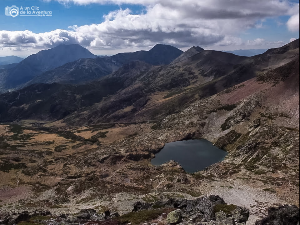 Pozo de las Lomas, Parque Natural de Fuentes Carrionas y Fuente Cobre - lagos de montaña