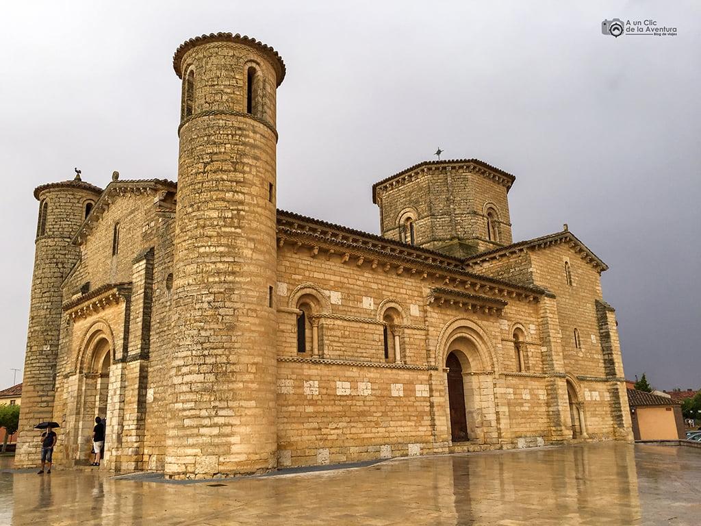 Iglesia de San Martín de Tours de Frómista - pueblos bonitos de Castilla y León