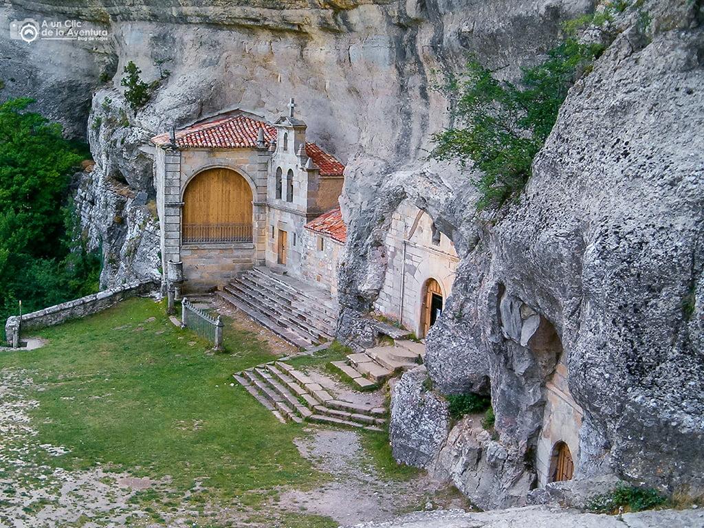 Ojo Guareña - Ermita de San Bernabé - ruta por las Merindades