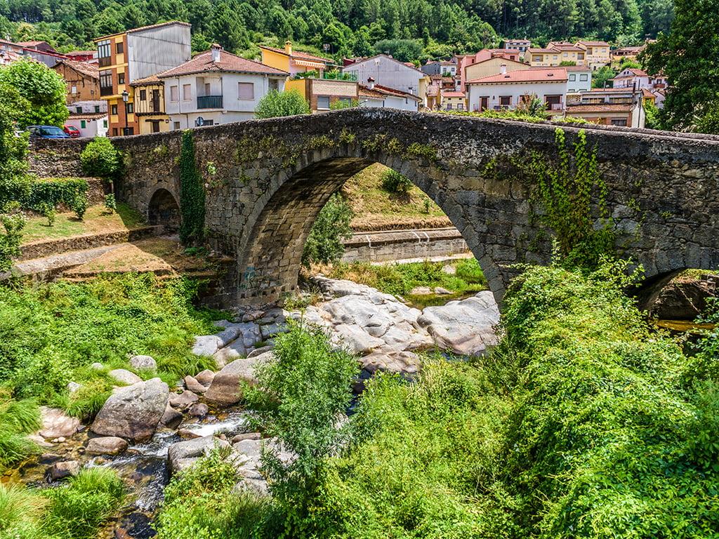 Puente de Arenas de San Pedro - pueblos bonitos de Castilla y León