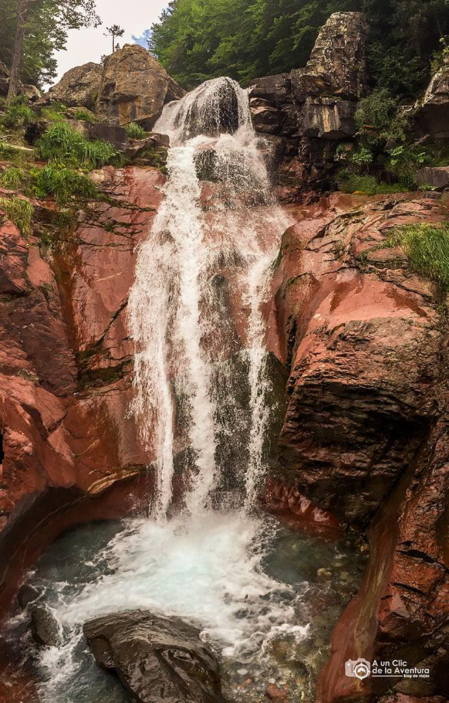 Cascada de la Fuente de Sucarraz, Cascadas del Pirineo Aragonés