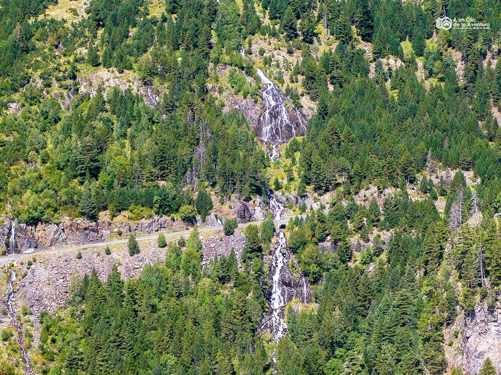 Cascada de Aigües Pases, Cascadas del Pirineo Aragonés