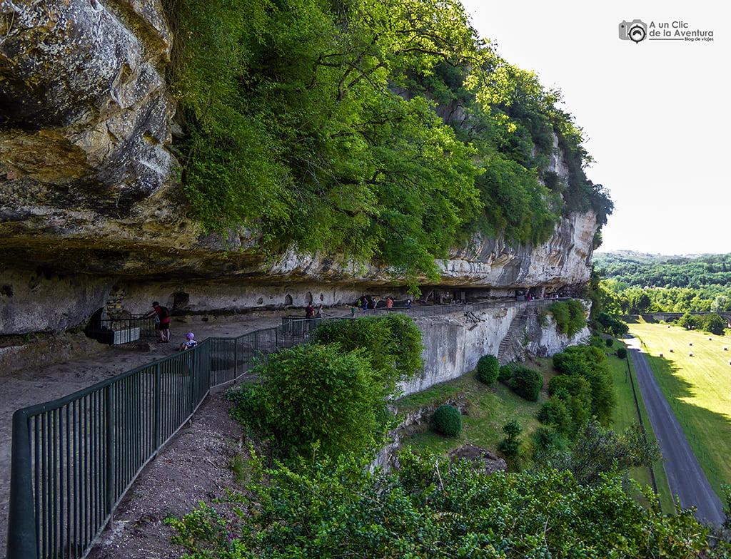 La Roque Saint-Christophe en el Perigord Negro