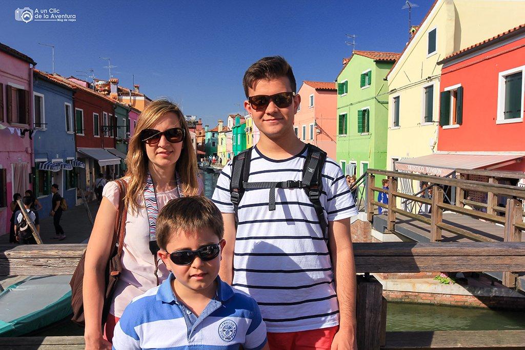 Isla de Burano - viajar a Venecia