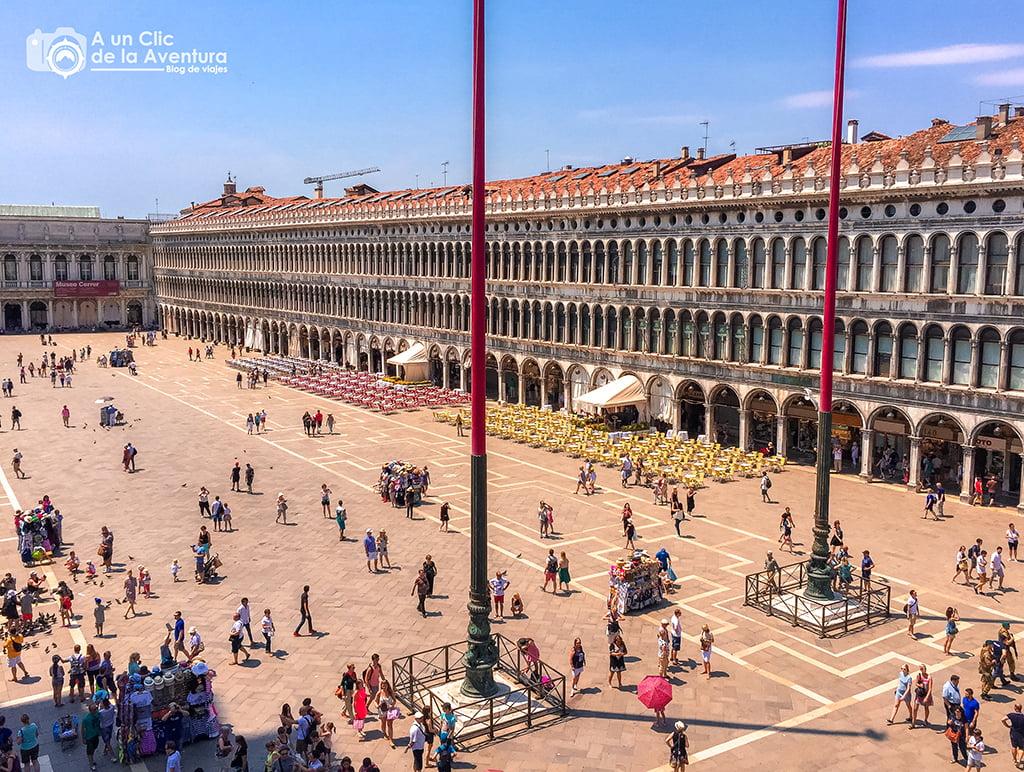 Plaza de San Marcos desde la Basílica - viajar a Venecia