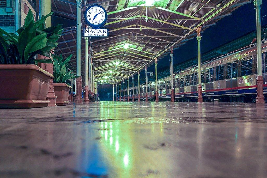Estación del Marmaray - medios de transporte de Estambul