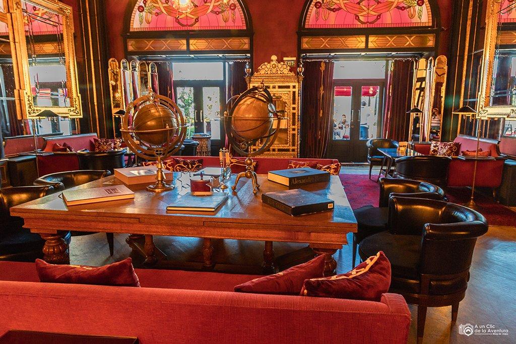 Interior del hotel Pera Palace, viaje a Estambul