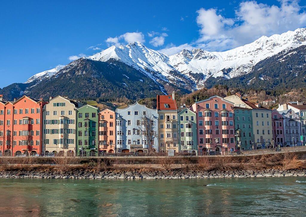 Casas de colores junto al río Inn - que hacer en Innsbruck
