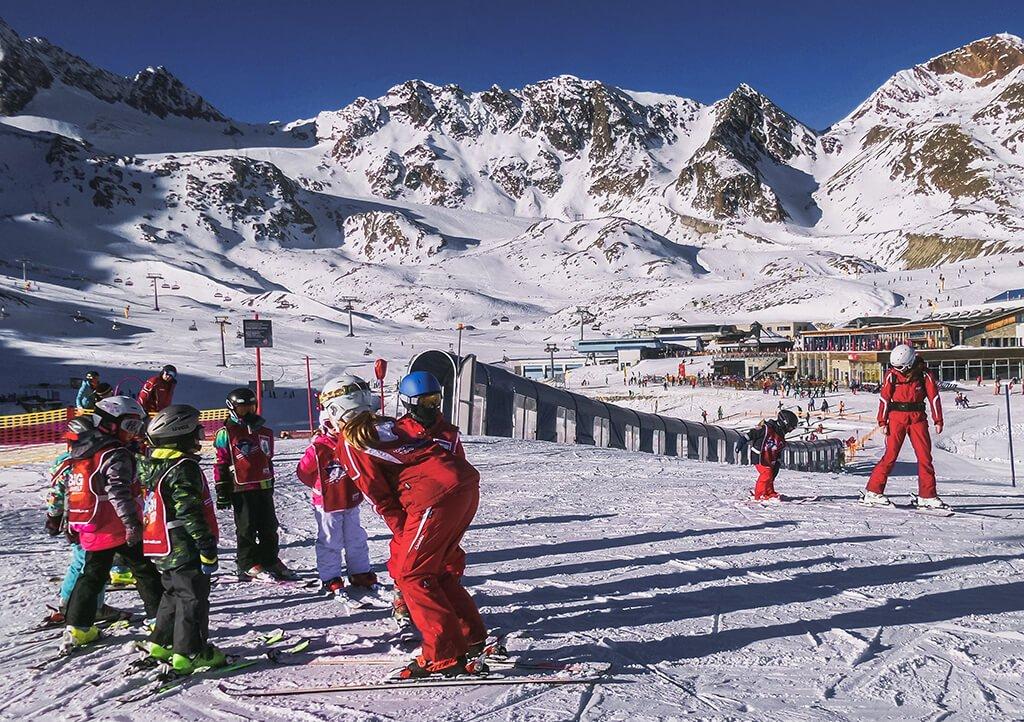 Esquiar con niños en Olympia SkiWorld - que ver en Innsbruck