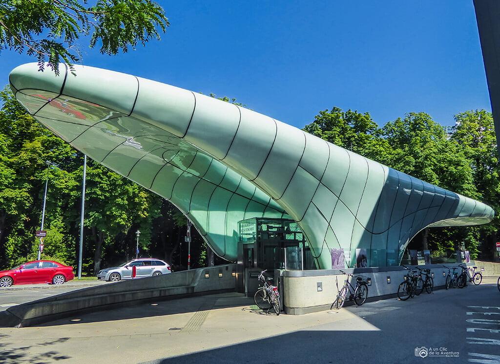 Estación de funicular Hungerburg de Zaha Hadid - que ver en Innsbruck
