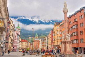 Innsbruck capital de los Alpes en el Tirol