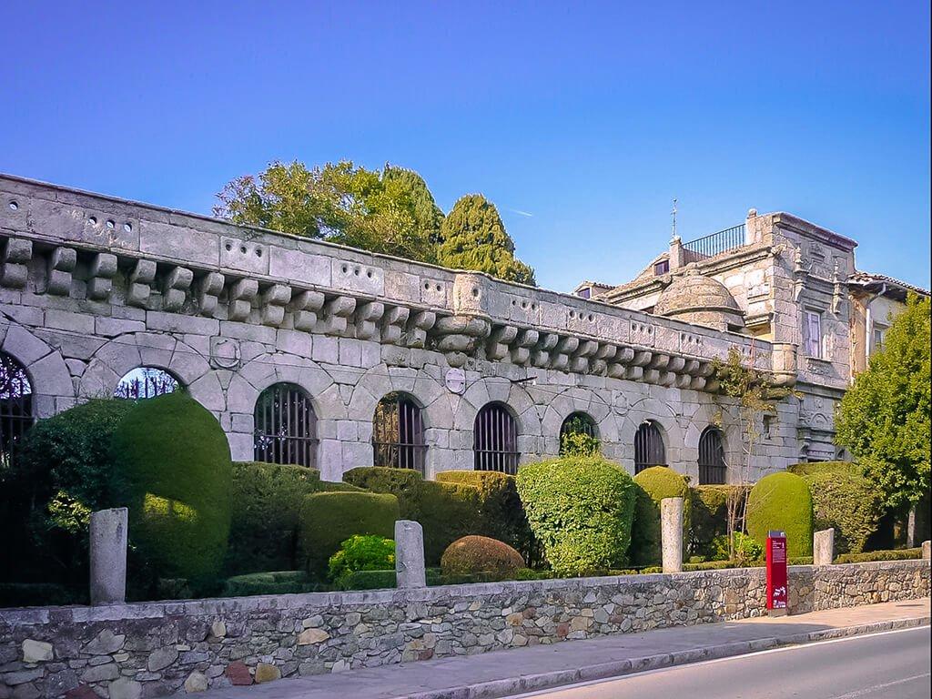 Palacio de Villena en Cadalso de los Vidrios, pueblos de Madrid con encanto