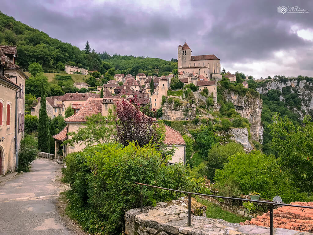 Saint-Cirq Lapopie viajar a Francia